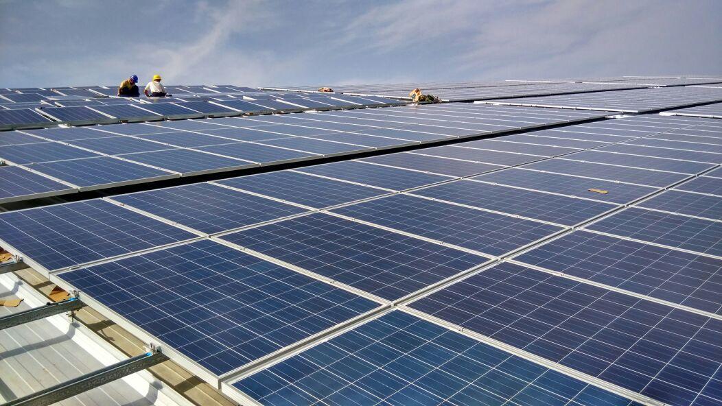 上海工商业厂房屋顶太阳能光伏发电系统设计安图片