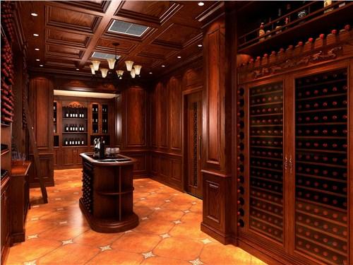 实木酒柜设计的要求 实木酒柜设计的木材