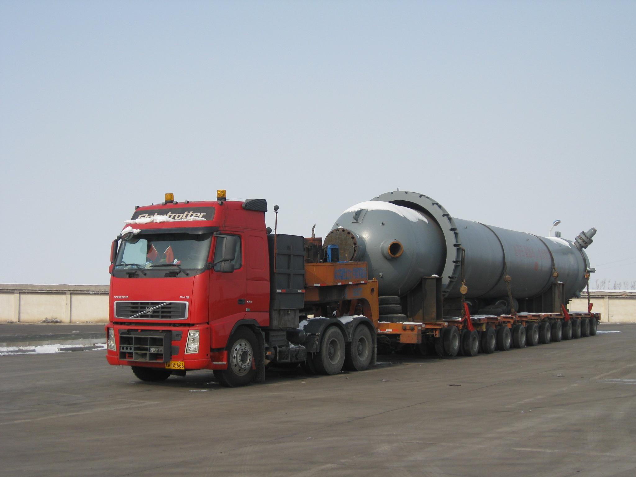 油田700泵车图片