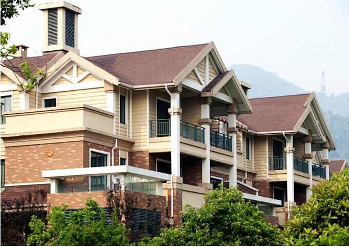 木结构斜坡屋顶结构图