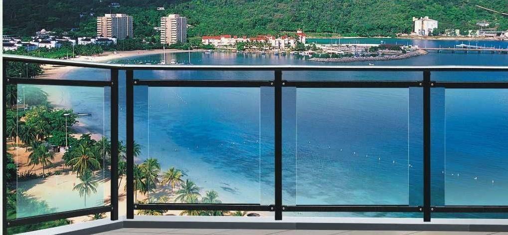 玻璃阳台护栏高清大图