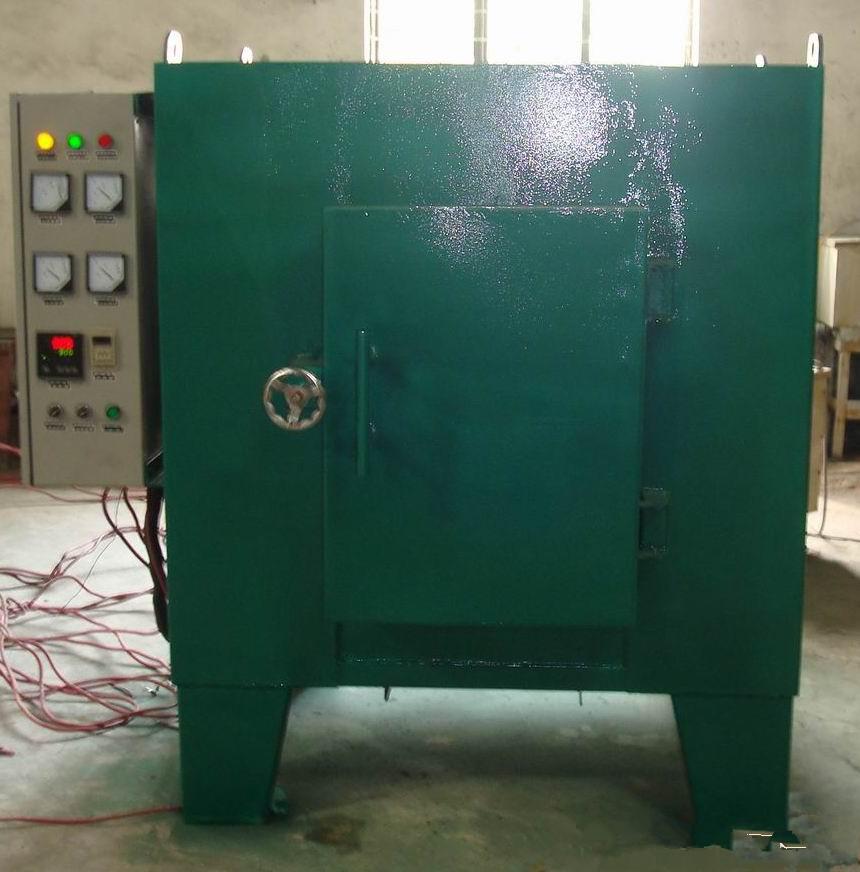 加热元件采用高电阻合金丝绕制成螺旋状,安置于炉膛两侧及炉底搁丝砖
