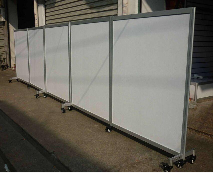 可折叠移动展板 铝制折叠屏风展架