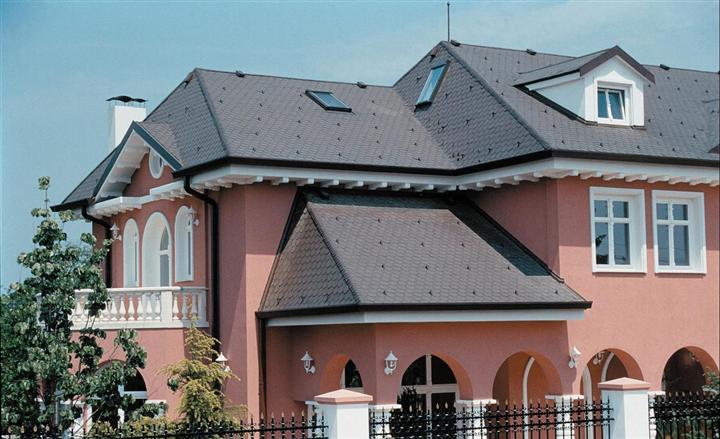 别墅屋顶瓦面施工